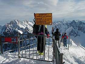 Aiguille du Midi, warning sign