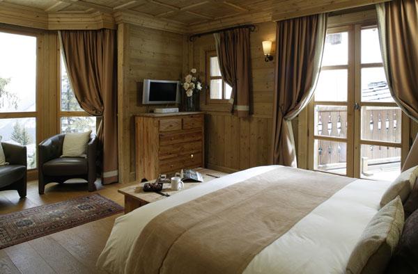 Grid Ref Finder >> Ski Holidays in Chalet Aurea   Courchevel 1850   France